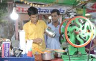 He studied while operating sugarcane juice machine, now all set to become an engineer
