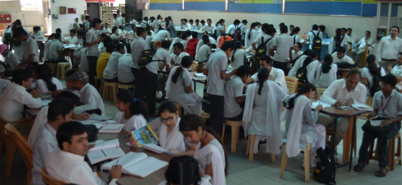 Student Crowd (6)